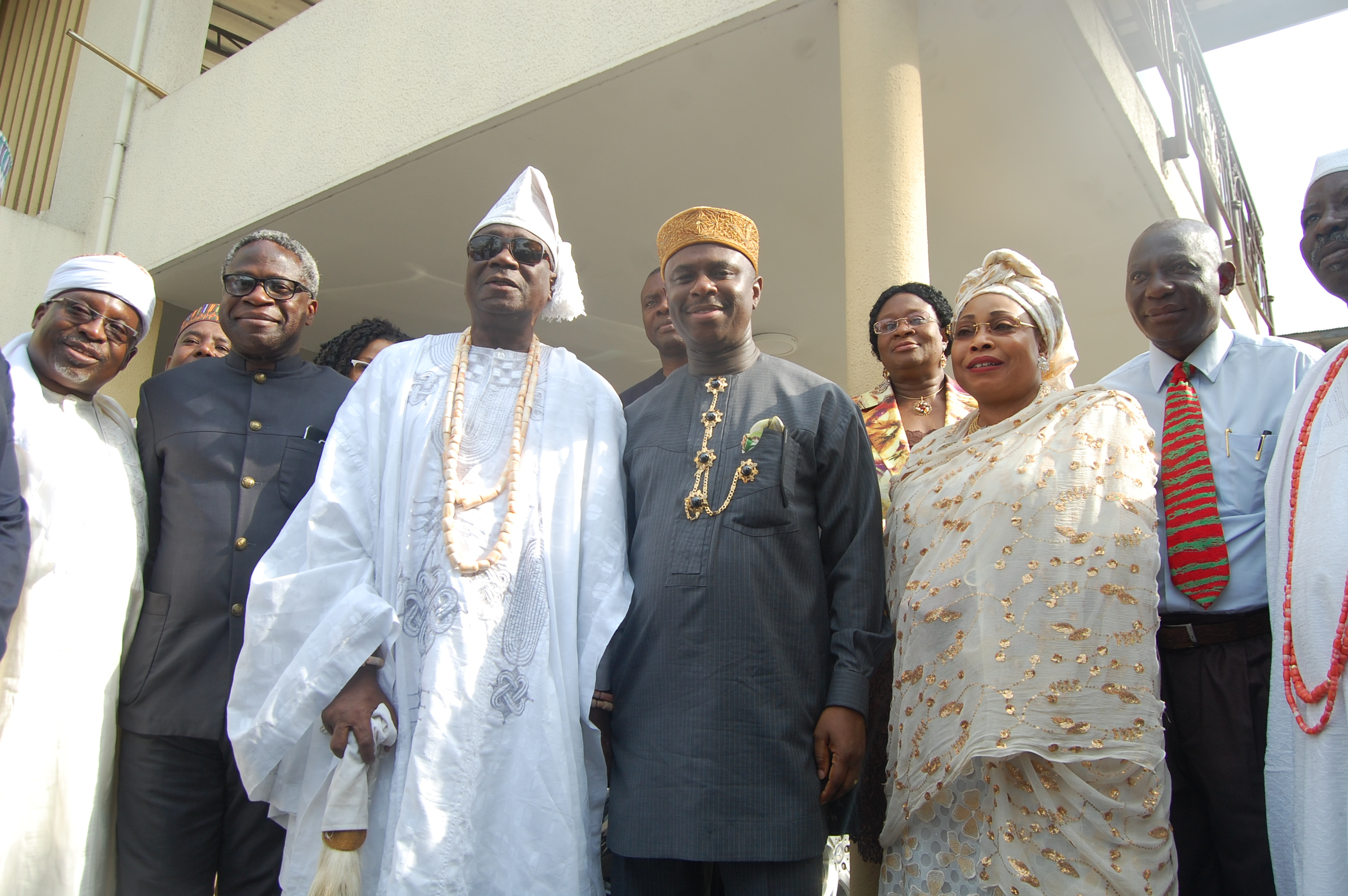 Oba of Lagos, Oba Rilwan Akiolu flanked by the Director General, Nigerian Maritime Administration and Safety Agency (NIMASA) Dr. Dakuku Peterside ( R) and the Executive Director, Operations, NIMASA, Engr. Rotimi Fashakin (L) during the visit of the NIMASA Management to the Oba's Palace in Lagos recently