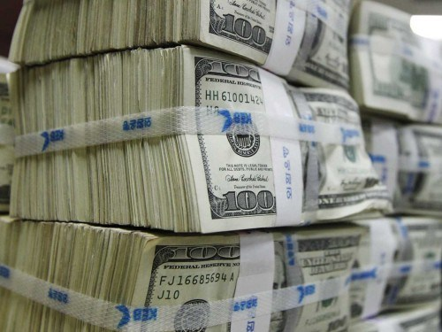 CBN lifts Naira with $482.6 million