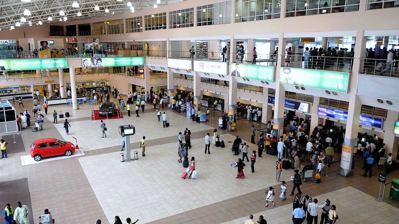Harmattan: Lack of Direct Flights To MMIA, Hundreds of Nigerians Stranded in Ghana