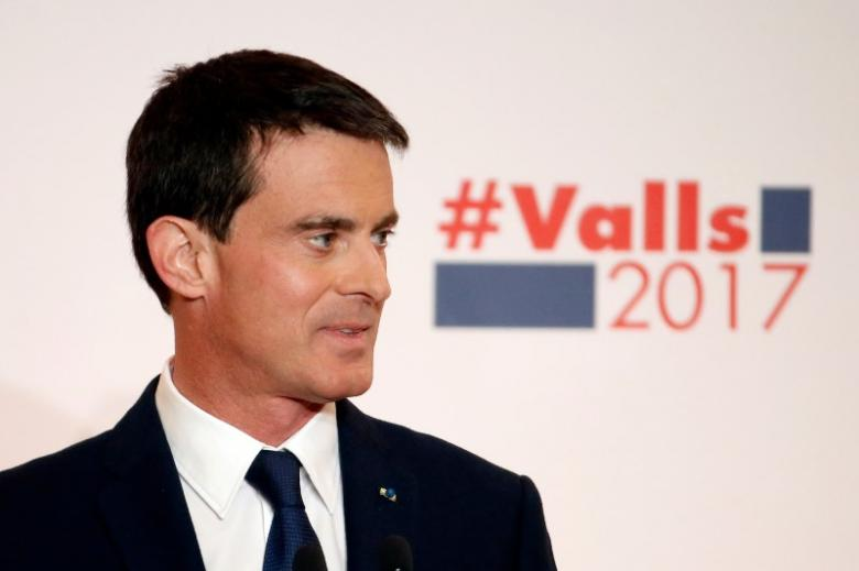 French ex-PM Valls shown clear winner in left-wing presidential primaries: poll