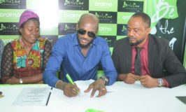 2Face Clinch Oraimo Brand Ambassador