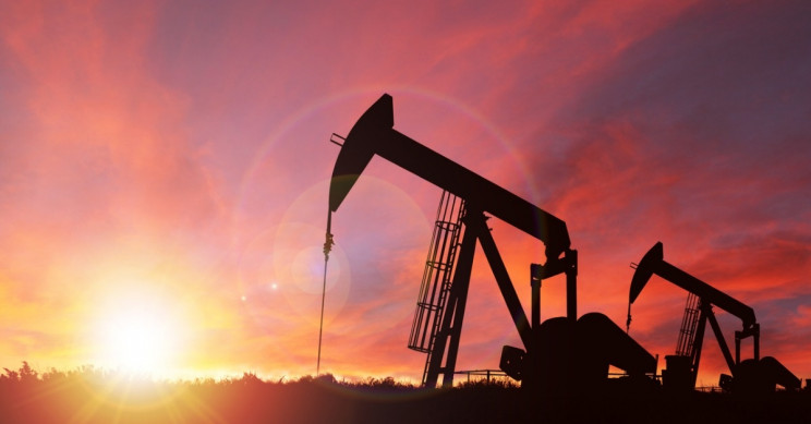 Oil dips to $55 over fears of demand disruption