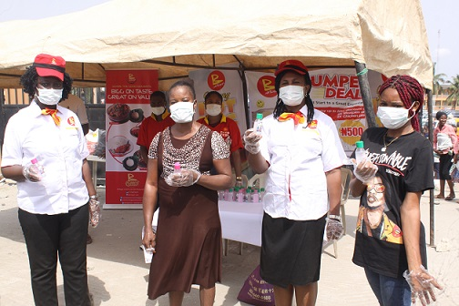 Mr Bigg's gives out over 400 sanitizers, nose mask, gloves at Ile-Epo market